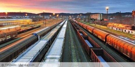 Bahn_Guetertransport_fotolia_91320240