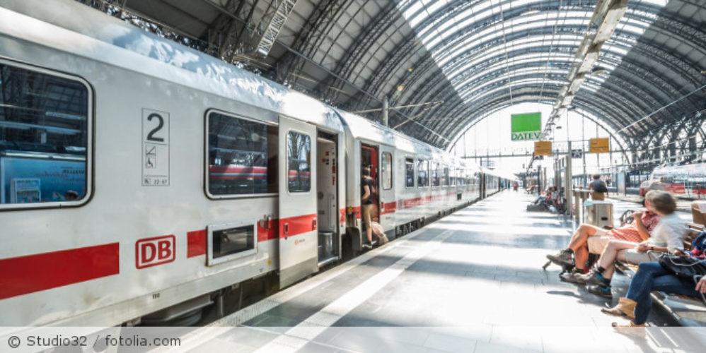 Bahnhof_Zug_fotolia_132602564