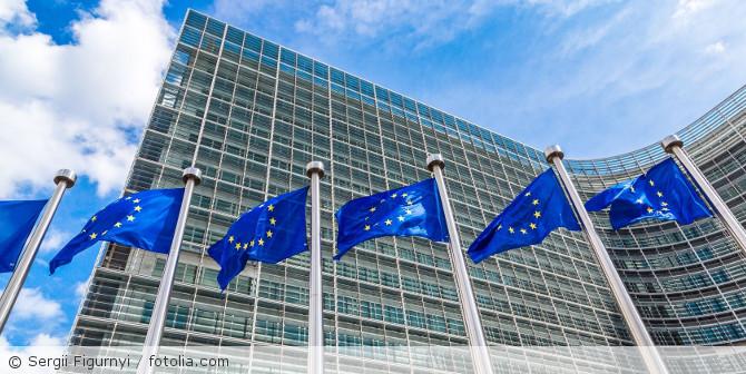 EU-Parlament_fotolia_75936736