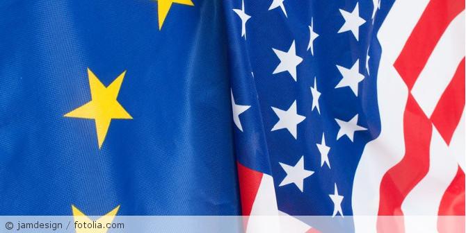 EU_USA_Flagge_Fotolia_59790119_S