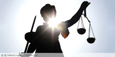 Justitia_Sonne_Fotolia_76632093_Subscription_Monthly_M