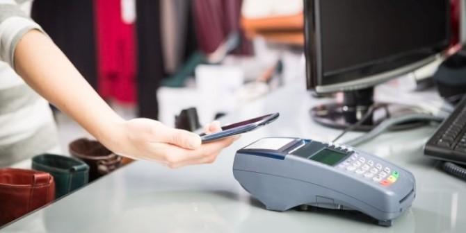 Das Smartphone als Geldbörse – Bezahlen mit Daten?