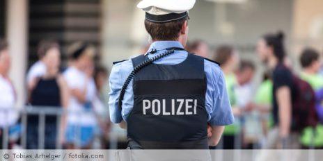 Polizist_fotolia_160644373