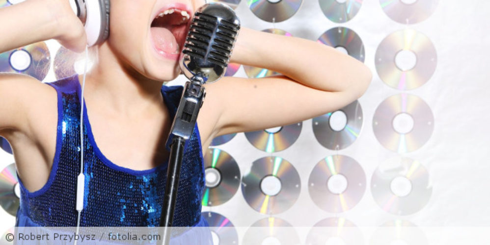 Singendes_Kind_fotolia_59291338