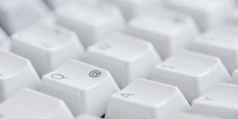 Werbung in der E-Mail-Signatur – dezent und zulässig?