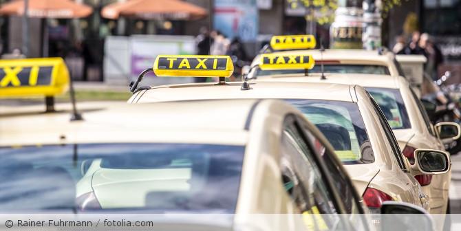 Taxi_fotolia_108560451
