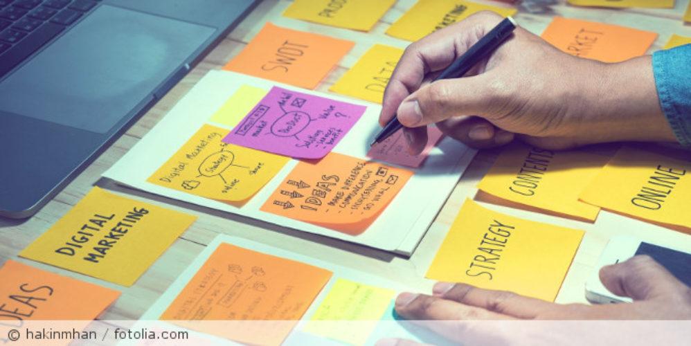 Strategie_Ideen_postit_fotolia_161275989