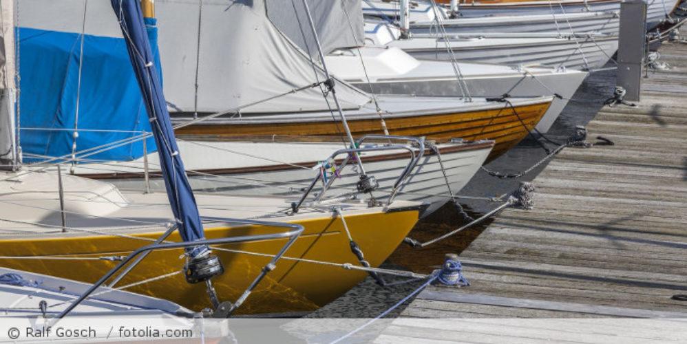 Segelboote_im_Hafen_fotolia_170163457