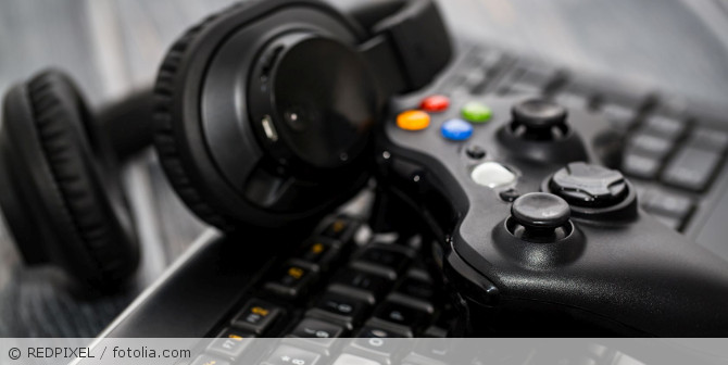 Gaming_Controller_fotolia_131976104