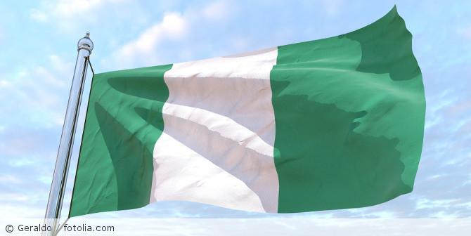 Nigeria_Flagge_fotolia_226354522