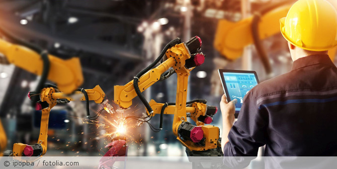 Roboter_Steuerung_Industrie_fotolia_219100685