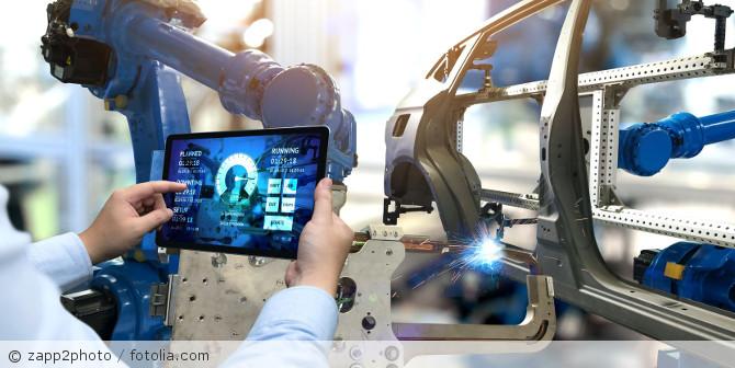 IoT_Fabrik_Produktion_fotolia_165294159