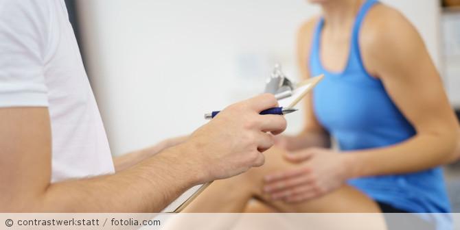 Arzt_Patient_Physiotherapeut_Sport_fotolia_97111694