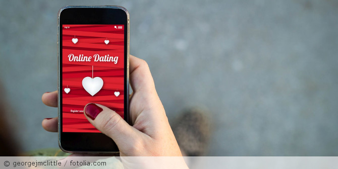 Online-Dating_fotolia_95860364