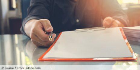 Unterschrift_Einwilligung_AdobeStock_179042785