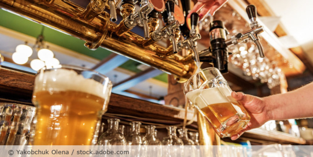 Bier_Bar_Pub_Zapfanlage_AdobeStock_147156520