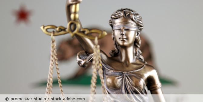 Justizia_Kalifornien_Flagge_AdobeStock_193823813