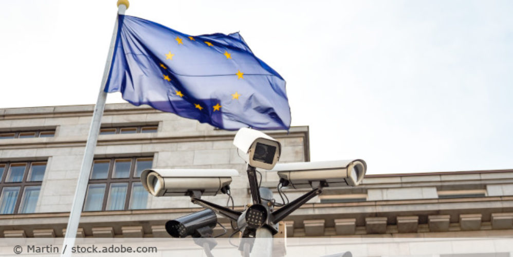 Videoueberwachung_Europa_Flagge_AdobeStock_138062398