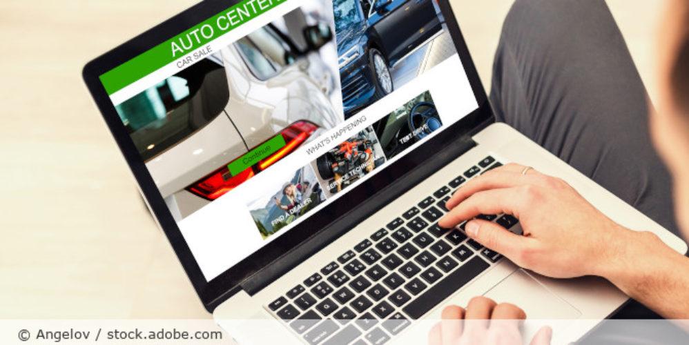 Autokauf_Internet_AdobeStock_249914242