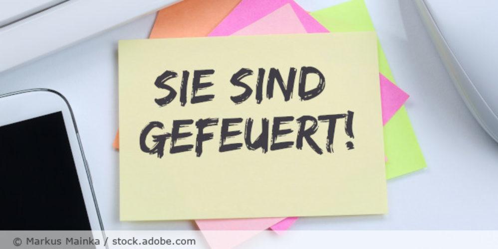 Kuendigung_Job_gefeuert_Zettel_AdobeStock_116384064