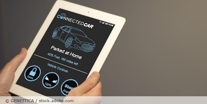 Connected_Car_AdobeStock_124034932
