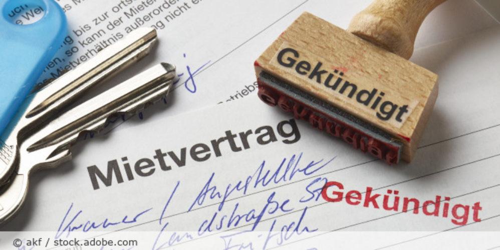 Mietvertrag_Kuendigung_AdobeStock_67240665
