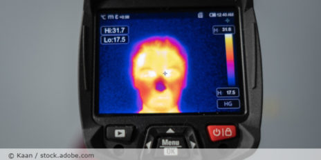 portable_body_temperature_camera_AdobeStock_341814758