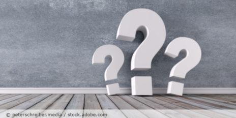 Fragezeichen_drei_AdobeStock_201466800