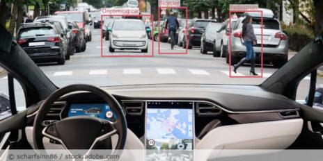 autonomes_Fahren_Tesla_Auto_AdobeStock_228815038