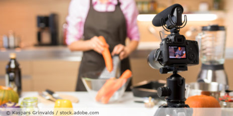 YouTube_Kochen_Video_Tutorial_AdobeStock_268940860