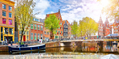 Amsterdam_Niederlande_AdobeStock_194113946